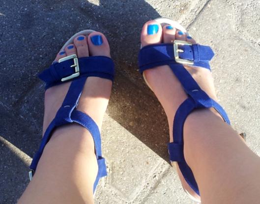 blue cara nohy