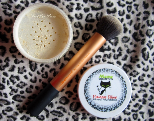 meow cosmetics frisky angora real techniques buffing brush